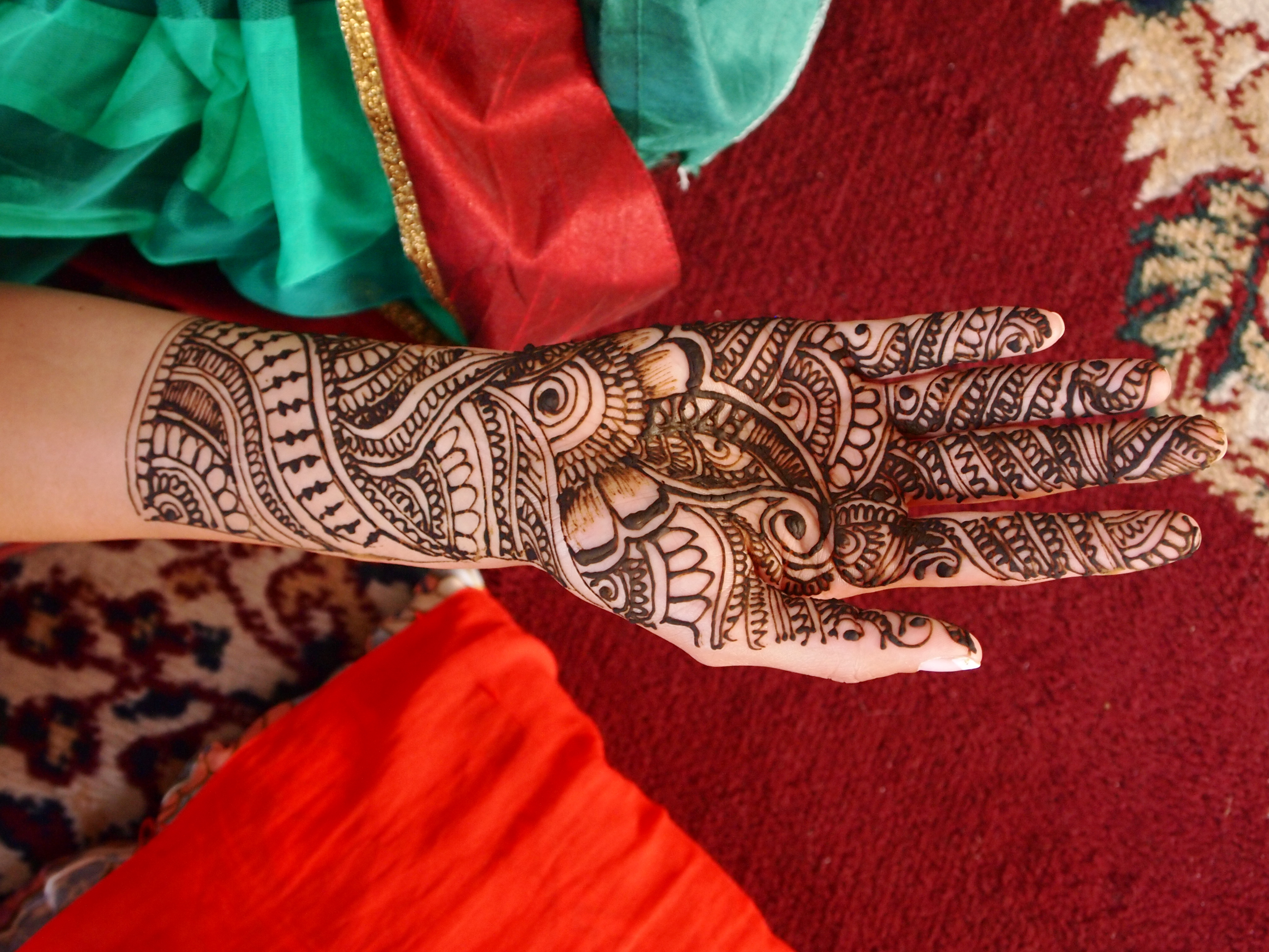 Mehndi Ceremony Dance : Indian wedding traditions shifting the balance